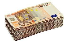 pinigai uz automobili